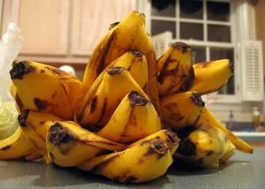 Банановая кожура для комнатных цветов
