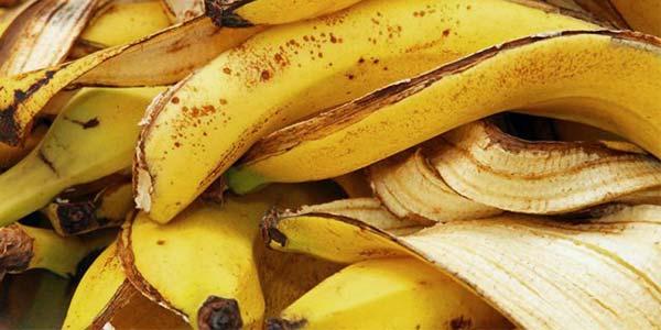 Банановая кожура для цветов